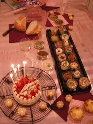 2008_8_yumi_party.jpg
